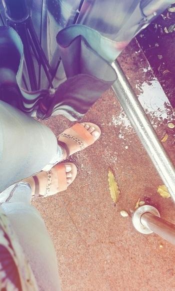 #samepinch  #casuals #casualwear #casuallook  #flats #flatsandal #rainydays #roaming  #shoppingtime #best-friends # #addicted #streetstylestore