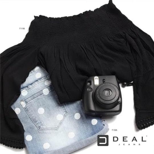 A perfect pair of the weekend getaway! #DealJeans