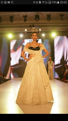 stylewalk #runwaylove #designerwear @suneetvarma #feelsamazing #Lovely job