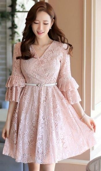 Who loves #lace #dressesforwomen 💕💖  #ropo-style #roposofashionblogger #dress  #roposo-makeupandfashiondiaries #roposo  #indianbloggercommunity #indianblogger #indianbloggersroposo #puneblogger  #beautyandlifestylemantra #balmblog