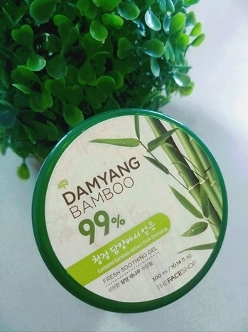 I have been using this product #damyangbamboo from #thefaceshop and it's working wonders for my skin. it's been 3 months and it has made my skin hydrated and I am now getting back my glow slowly. The blackness above the lip area has decreased a lot. It's 99% fresh bamboo gel  and smells like heaven. it penetrates into the skin just like that.  And regarding the price it's just almost 400 INR but it's a 300ml big and beautiful container which you will certainly keep with you... A must have for oily and acne prone types as it has helped me with my acne  also.   it is available online from #mynykka  #reviews #roposo #blogger #indianblogger #thefaceshop #thefaceshopkorea #nykkabeauty #nykaa #happyskinhappyyou
