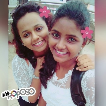 cheers to good times and craziness💓🌸🌸 #bff #childhoodbesties #togetherness  #crazy #girls #soroposo