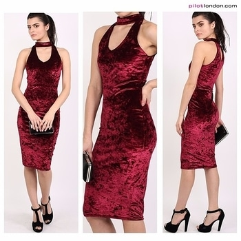 Smokin' 🔥🔥  Get this Velvet choker dress in red wine from the link in bio👆 (🔎60351K)  #partywear #glamour #friyay #stylediaries #instalike #fashionista #fashion #dress #chic #weekendcalling #shoponline #PilotLondon