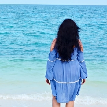 Looking at the Horizon. #nostalgic #magical #lakshadweepislands #bangaramislandresort #bangaramisland #sea #holidays #vacation #horizon #beach #like4likes #seabreeze #seawind #beautiful #arabiansea #babesofsbl #fashionblogger #beautyblogger #styleblogger #beautyvlogger #indianblogger #ahmedabadblogger #bloggerofahmedabad #shopaholicpals
