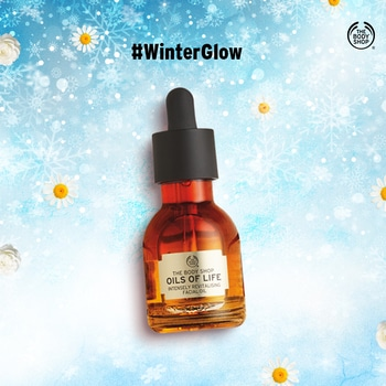 This year, we're bringing you our #WinterGlow must-haves to fight against all the skin troubles that come with the season. Concentrated with nutrients, our Oils of Life range is an essential for winter-perfect skin. Find your #WinterGlow here: https://www.thebodyshop.in/