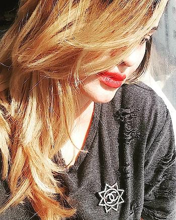 Give her red and she'll rule the world💋🌟#selfie #redlips #redlipstick #dior #rouge #chanel #fashionstyle #instamood #instastyle #pic #photo #fashionista #hair #photooftheday #picoftheday #lipstick #instagramer #mood #instagood #instadaily #instagram #instafamous #instamood #elegant #classy #stylish #fashion #style #dubaifashion #dubai