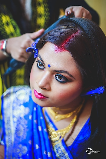 Getting Ready!!!   Write us : subhajitsanyalphotography@gmail.com Call or WhatsApp : 8240464085 / 8981074244 . . Tags: #bengaliwedding #gettingready #wedding #bride  #photography #receptionlook #weddingphotography  #bengaliwedding #weddingphotographer #wedding  #inspiroindia  #theuncommonbox  #indianphotographers #inspiroindia #ig_india  #storiesofkolkata #in_kolkata #silkinspire #gallery_legit #photofie #mywed #fearlessphotographers #candidweddingphotography #candidweddingphotographer #weddingplanning #destinationwedding #gallery_legit #weddinggoals #weddingsutra #weddingzin  #captureshaadimoments #capturetomorrow