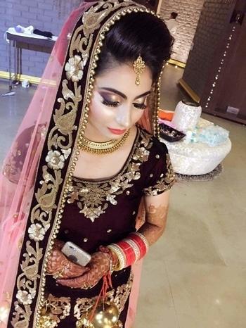 #wedding-bride #reception-fashion-designer   #wedding-outfits  #mangteeka  #necklacelovers  #simple_and_quick_makeup  #darkcoloureddresses  #goldwork  #eyemakeuplove  #stylegoals  #receptionlook  #indianmakeupandbeutyblogger  #perfecteyes  #glitter  #shimmer  #self-love  #beboldbebeautiful  #loveyourself  #staycool  #mehendilove #chudalove