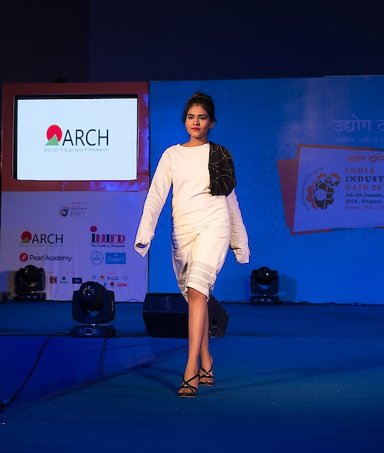'Bloggers aren't models' But walking for our own college is something worth doing being a designing student. I am not a model nor I know how to walk professionally but I had so much fun! It was An Amazing and unique experience! ❤️ @arch_college! 🌟 . . #fashion #ootn #designers #designeroutfit #walk #fashionwalk #love #life #fashionblogger #jaipur #jaipurblogger #jaipurbloggers #womensfashion #instastyle #lookbook #whatiwore #fashiondiaries #instalove #instagrammer #treasuremuse ❤️ #roposo #soroposo #ropo-love#ropo-good #roposostyle#roposogirl #roposostyle #roposofashiondiaries