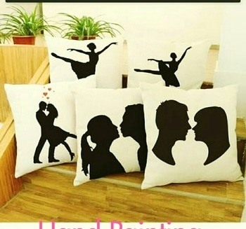 #handpainted #cushioncovers# Size- 16×16 #cottonclothes .Prise -1600
