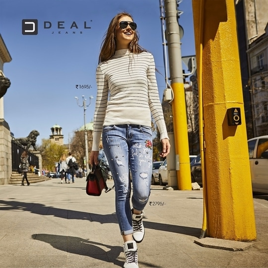 Embroideries blended with words inspiring the stylist in you! #DealJeans #DenimSpeaks