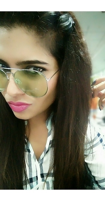 New shades for new season.  .. #fashion #fashionable #roposo #roposogal #fashionblogger #fashionista #green #shades #sunglasses #trendy #pinklips #colorful #summer #summerstyle #summerlook #blogger #indianblogger