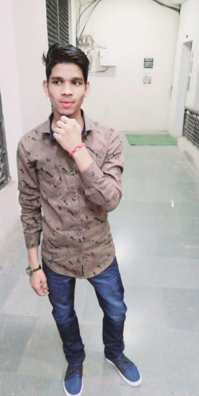 #Mumbai #India #MadhyaPradesh #portrait #wear #fashion #style #stylish #photooftheday #instagood #instafashion #people #fashionable #model #jacket #room #punk #outerwear #young #business #casual #sweater