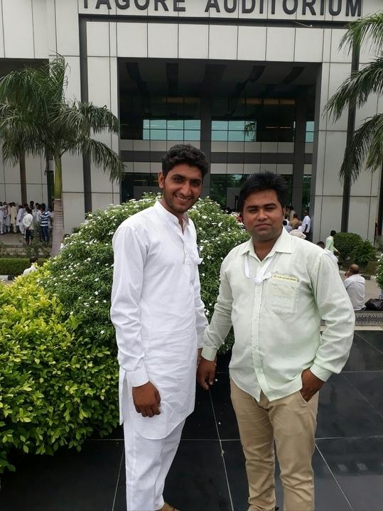 रोहतक (हरियाणा) में महर्षि दयानंद युनिवर्सिटी में टैगौर ओडिटोरियम में कार्यक्रम के दौरान की फोटो