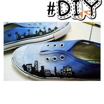 DIY painted converse 😊 . I took these plain white sneakers and painted my dreams out on them. I turned them into a cool pair of shoes by painting blue sky and high soaring buildings on them. I used waterproof acrylic paints to prevent the shoes getting ruined in the rain.  These shoes are super easy and super fun to make😊❤ . . #diy #doityourself #diystar #diyshoes #shoepainting #shoes #sneakers #blogger #diyblogger #talent #roposo #ropo-style #diy #diyartist #roposotalenthunt