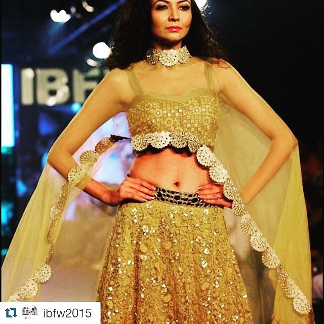 Glitter all the way #croptop #cowlneck #lehengalove #runwaylook #gratitude
