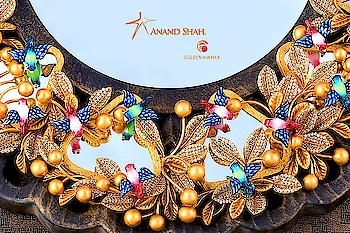 The Aayna Collection by @anand_shah_golden_jewels  #Jewellery #royal #birds #jewelleryphotography #jewelrylovers #instajewels #bridaljewellery  #socialmedia #instagood #photooftheday #jewels #conceptart #goldjewellery #canon #diamonds #commercialphotography #100mm #instablooms #instadaily #indiaphotography #productphotography #creative #photographer #surat #suratphotography