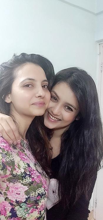 wishing my girl #mishtichakraborty all the best for #manikarnika the film. #stylist #celebritystylist #khushboomishrastyling #actor #friends #roposotalks #bollywood #manikarnika-the #manikarnika_thequeenofjhansi