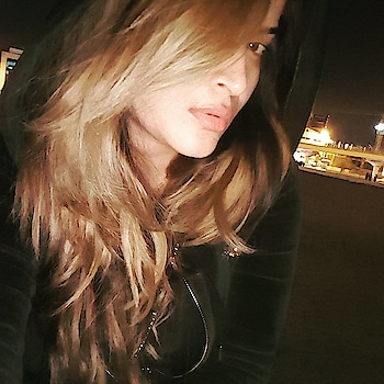 OH WINTER IS HERE❄#winter #selfie #dubai #dxb #cold #chill #weather #pic #latenight #picture #picoftheday #night #coldnights #instalike #insta #instamood #instagram #photo #love #selfie #style #fashion #hair #haircolor #haircut #100like #followme #instagood #selifequeen👑#roposopost