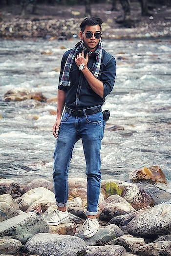 Life isn't perfect But your Outfit Can be. #outfit #manali #kasol #travelling #delhi #boy #styling #fashion #men-fashion #watch #shoes #scarf #dressing #black-edition #jeanslove #nature #ropsofashion #rops-style #soroposofashion