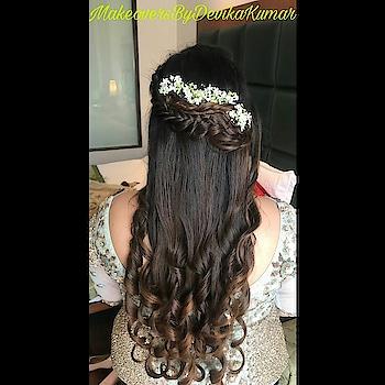 ✨Floral Braid And Curls Look Just So Classy✨ Hairdo For Gayatri On Her Sister's Wedding😇 HAIR By - @devkumarhairstylist  MAKEUP By - @makeoversbydevikakumar  #hairgoals #hairstyles #hair #fabuloushair #elegantstyle #hairart  #hairartistry #hairgamestrong #followforfollow #like4like #haircommunity #stunninghair #makeoversbydevikakumar #hairinspo  #hairinspiration #hair_artistry