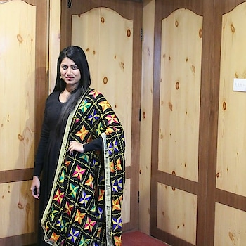 Black is my all time favourite.....and so is my constant love for phulkari dupattas 😍 . . #roposoblogs#indianyoutuber#indiandesigner#indian#phulkari#phulkaridupatta#black#multi-colour#ropo-style#ropo-beauty#indianwear#suit#popxoblognetwork#popxoblogger#plixxoblogger#plixxoblogger#influencer#festival#festivelook#chunni#dupattaswag#indiandress#indian-festival#blackdress#blacksuit#lovedressingup