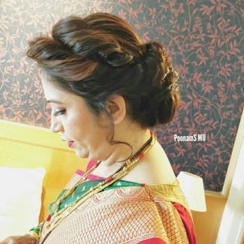 Follow me on this link for more videos and making ofbride  https://www.instagram.com/p/BcU3TrgFFXQ/  #weddingmakeup  #wedding  #indianweding  #weddingmakeupartist #indianweddinginspiration #saree  #hairstyle #momlife #ropo-beauty #indianbeauty #indianbeautyblogger #makeup