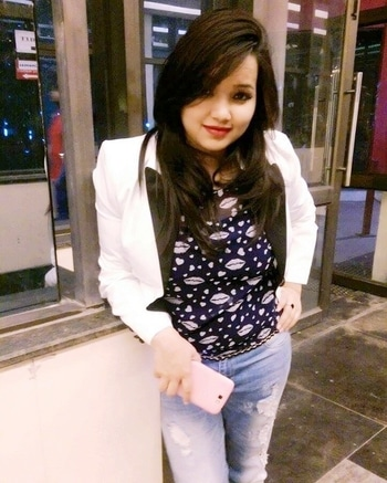 #rippedjeans #denim #jacketstyles #frizzyhair #lipsticklove #redlipcolor #perfectcombination