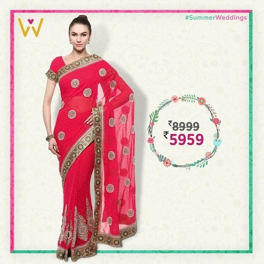 Look ravishing in this jaw dropping #Saree perfect for #SummerWeddings!   #WedLista #FashionforWedding