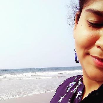 beach be my best place to hangout,,luv it's silence,it's colour n the 🌊 that tide up n down,😍😘my fav place to have a nap😎 #roposo #roposo-mood #roposopic #beachlove #beachvibes #beachdays #roposo contest #random pic #roposo talks #thanks to my roposo followers... #it's a sudden picture taken from the mobile.  i thought to post it on roposo