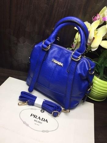 Prada Handbag 😘😋😍😍😍😍 Synthetic leather😄😄😄😄 Good quality For Order n details Whatsapp 9893705556  #glitzygallery#handbaglove#handbag#pradabag#brandlove#newcollection#styleguru#women-fashion#fashion-diva#bestquality#bestbuy#mumbai#delhi#pune#nagpur#chennai#hyderabad#ahmedabad#bangalore#gurgaon#chandigarh#amritsar#lucknow#indore#bhopal#jaipur#udaipur#surat#kerala