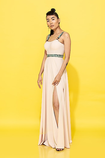Simple yet stylish.. #spotbynityabajaj comes with its fun maxi gowns 😍 Grab our impeccably cut silhouette only at @labelnityabajaj  #spotsr19 #springsummer #summerresort19 #beige #yellow #summerresort19 #gowns #maxi  www.nityabajaj.com