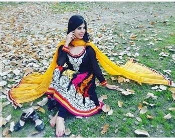 #indiangirl #indiansuit #indianblogger #indianwear #traditionalclothes #ethnicwear #suit #lovewearingsuits #beautifulsuit #blacksuit #anarkali #anarkalisuit #indianbeauty #indianattire #indianoutfit #blogger #bloggerslife #fashion #fashionblogger #beautyblogger #chandigarhblogger #chandigarh #instapic #instaphoto #instalike #instagram #dearfashioninvogue