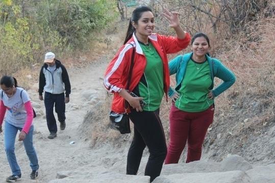 #trekking #sinhagadfort #awsomeenergy #fitnessblogger #fitnessfreak #fitnessaddiction #stayfitandhealthy #soroposo #roposofitness