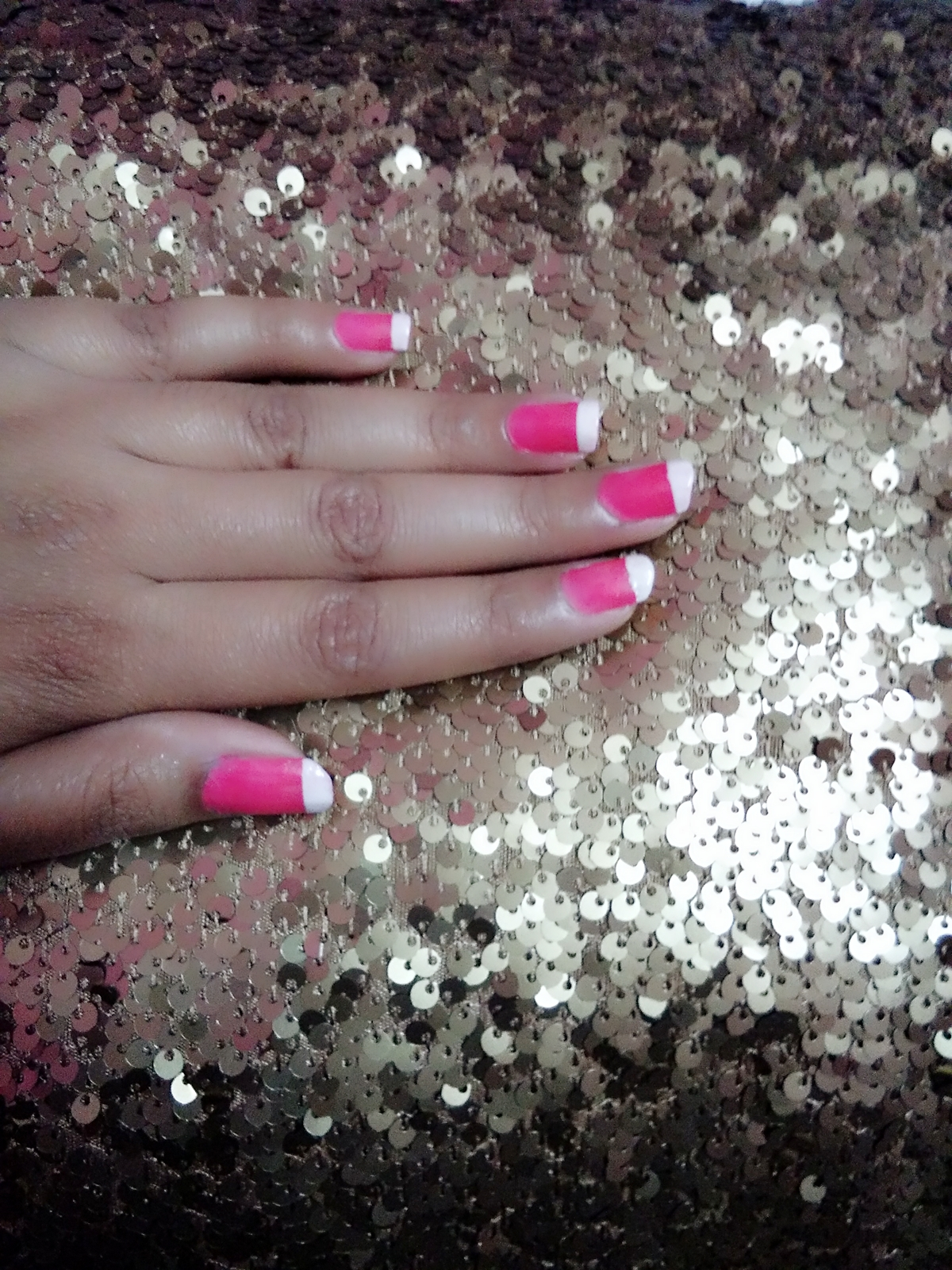 very simple and easy though beautiful nail art. done it with use of scotch tape. #nailart #nailpolish #nailpaint #mattenailpolish #mattenailpaint #pinknailpolish #Whitenailpolish #pinknails #pinkandwhite #roposo #SoRoposo #roposoloves #roposotalks #Roposotalenthunt