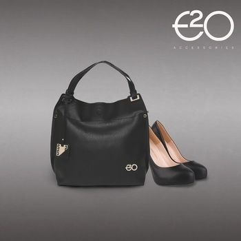 Nothing can make you look more stylish than a classy black handbag paired with your attire #E2oFashion #follow #Fashion #fashiongram #handbagoftheday