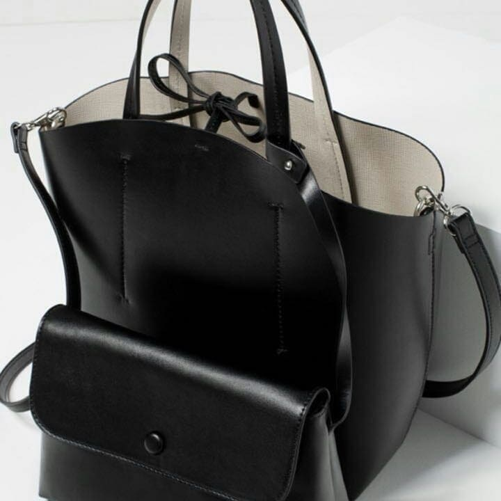 ZARA ORIGINALS @ 2050/- Free gift 💝 wid this bag  Hurry up 🤣🤣🤣👆🏼👆🏼👆🏼😇 #bag #womenbag #handbag #zara #zarabag #followforfollow #likeforlike #irshus_collection  Dm or whtssp to place order  9722558640