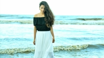 She'd be half a planet away, Floating in the turquoise sea, Dancing by the moonlight!🌫 . . Have y'all seen the blog yet? If not go check it out right now!(link in bio). . . Picture by @harshal_20 #lostmermaidonland #seasoul #beachbaby #streetstyleindia #indianstreetstyle #streetstyleblogger #bloggersofinstagram #bloggersofindia #bloggersofmumbai #bombayblogger #passionforfashion #slayinstyle #instastyle #stylemag #stylegram #instastyle #instagood #instadaily #instamag #iggers