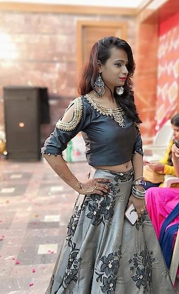 #ethnic-wear #anticsjwellery #ropo-fashion #featurethis #ropo-style #traditionalvibes