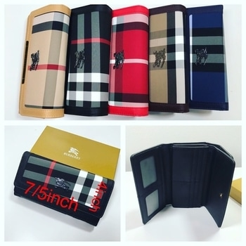 Keep all your daily chores in one compact Wallet 💄📱💴💵💳🖋📁🔑🗂🎟🎫🃏while the royal colors gives you perfect look  #wallet #wallets #leatherwallet #walletmurah #mkwallet #balenciagawallet #gucciwallet #walletbag #brandedwallet #kswallet #zipperwallet #walletbagmurah #walletsph #guesswallet #cardwallet #fendiwallet #walletrape #newwallet #jualwallet #wallets #walletonchain #ladiesfashion #ladieswallet #womenswallet #exclusivelypumping #exclusivo #livepic #livepicture #compactwallet #trendyfashion