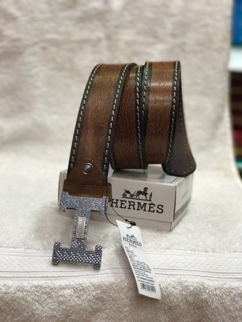 Men's belt  Good quality leather  With brand box  1250/- /- with shipping