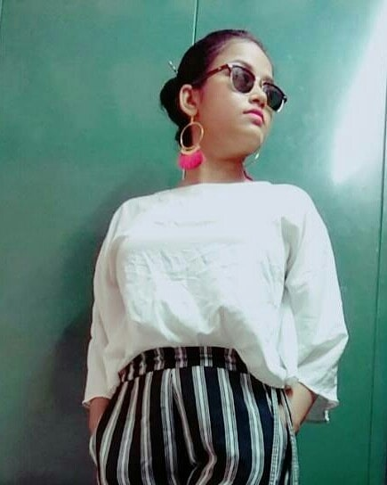 #ootd #summerfashion #tasselearrings #sunglassesamust #be-fashionable #summer-style #photooftheday #bloggingisfun #casualwear
