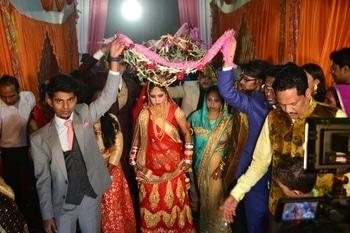 Where to soul become one wedding #weddingdress #weddding #sesson #weddingseason #sisterlove #sisterwedding #suitupindia #lhenga #flowers #night #love #everything #amazing