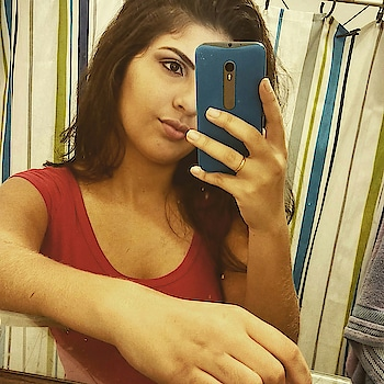 hot girl taking selfie #selfie