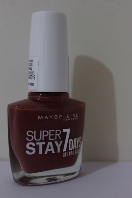 Maybelline New York Gel Nail Color: Link in bio !!! #maybelline #gelnailpaint #gelnails #nail-addict #nailpaint #nailpaintaddict #ontheblog #bblog #beautyblogger #bloggersworld #roposogal #roposoclick #roposolike #roposo #shoutbyfashion