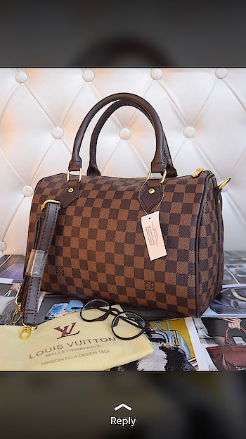 👛BRAND :-LV 👛STYLE :-SPEEDY 👛QUALITY -10 A QUALITY WITH SUED LINING  👛SIZE:-10*12 APP 👛2 PRINTS AVAILABLE  👛PRICE -1199+$ 👛LIMITLED STOCK watsapp 9999891514