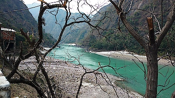 Shivpuri is one of the most frequented white water rafting destination near Rishikesh, Uttarakhand. Shivpuri is only 16km from Rishikesh and offers some of the most beautiful beaches along the river Ganges.