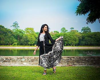 #kolkatadiaries #kolkatafashionblogger #kolkata_igers #fashionblogger #fashion #igdaily #igers #instablogger #influencer #instadaily #indianethnic #indian #ethnic #trending #wonderlust #adventure #portraitphotography #photography #photographer #picoftheday #wiw #kurti #summeroutfit