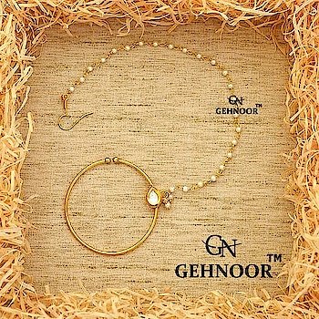 Gorgeous Nath! 💟 . Sometimes it's all about Simplicity & Elegance. This perfect Piece of Jewellery adorned with Fine Single Kundan is the the ideal Icing on the cake 😍 . Grab them at an amazing Offer price! 👍💟 . www.gehnoor.com 💻 . FB Page www.facebook.com/Gehnoor/ . Instagram handle www.instagram.com/gehnoor/ . Email ID gehnoor@gmail.com . #gehnoor #weddingjewellery #bridaljewellery #indianjewellery #wedmegood #shaadisaga #wedwise #weddingsutra #weddingsaga #punjabibride #punjabijewelry #kundan  #jewellery #indianweddinginspiration #fashiondiaries #fashionblogger #bollywood #photooftheday #instafashion #instagood #indianbride #indianwedding #weddingday #weddings #bridal #summerbride #beautifulbride #nath #nosering