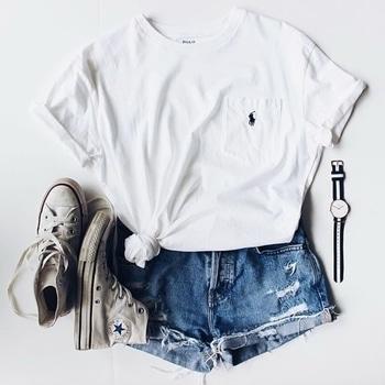 #fridaycasuals #weekendvibes #shoes #whitetop #shorts #watch #casuallook #casualwear #lookofdday #lovesimplicity #followmeformorestyleupdats #followmeonroposo #follomeoninstagram